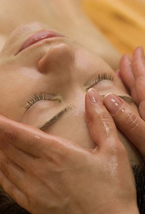 detox_cleanse_ayurvedic face massage